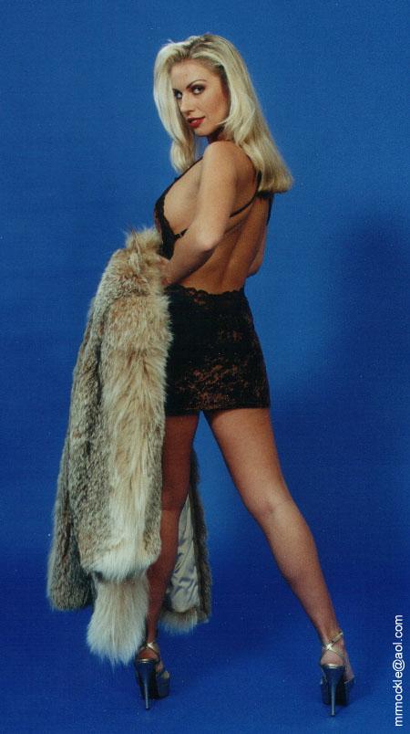 Lana Cox Nude Photos 18